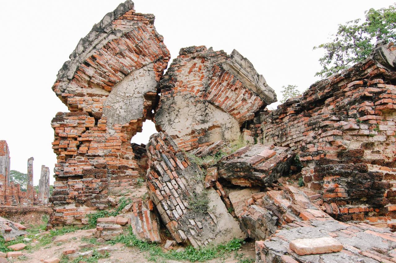 朽ちたアユタヤの遺跡