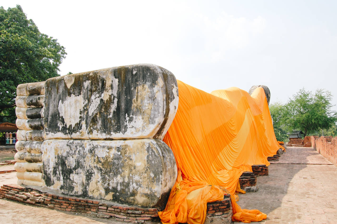ワット・ローカヤスターラームの涅槃仏 足の裏