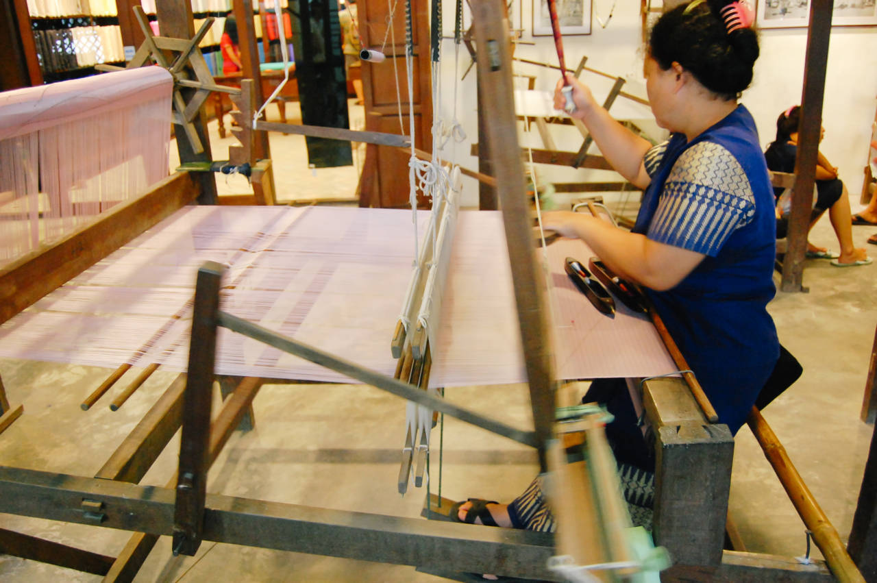 タイシルク 機織り
