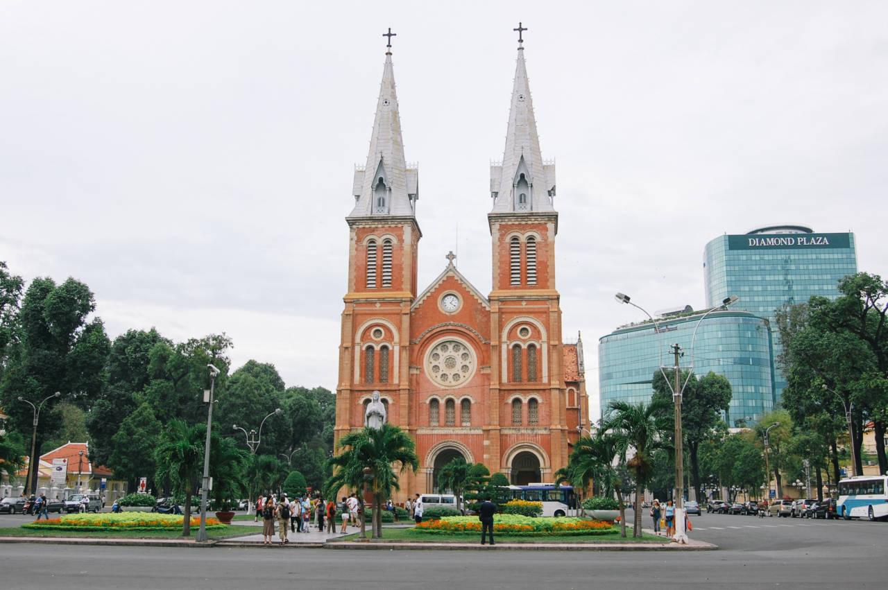 聖母マリア教会(サイゴン大聖堂)