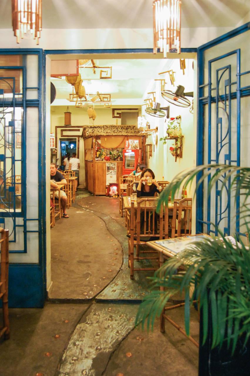 ファングーラオ通りのレストラン