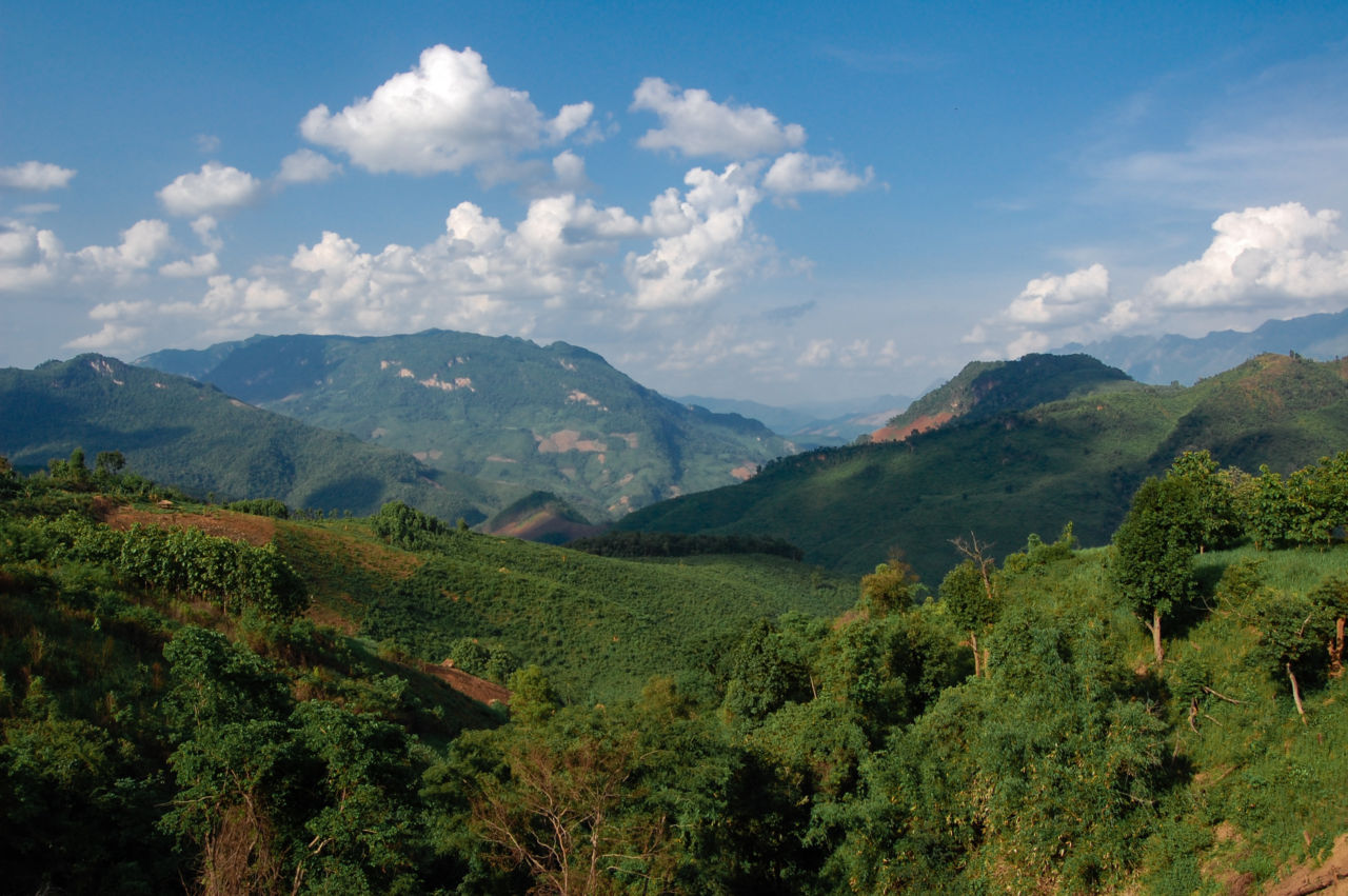 ラオスの山の景色