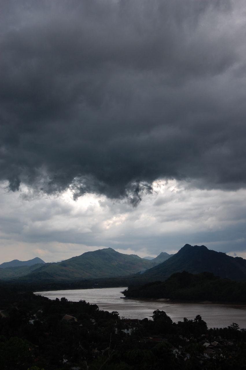 ルアンパバーン メコン川