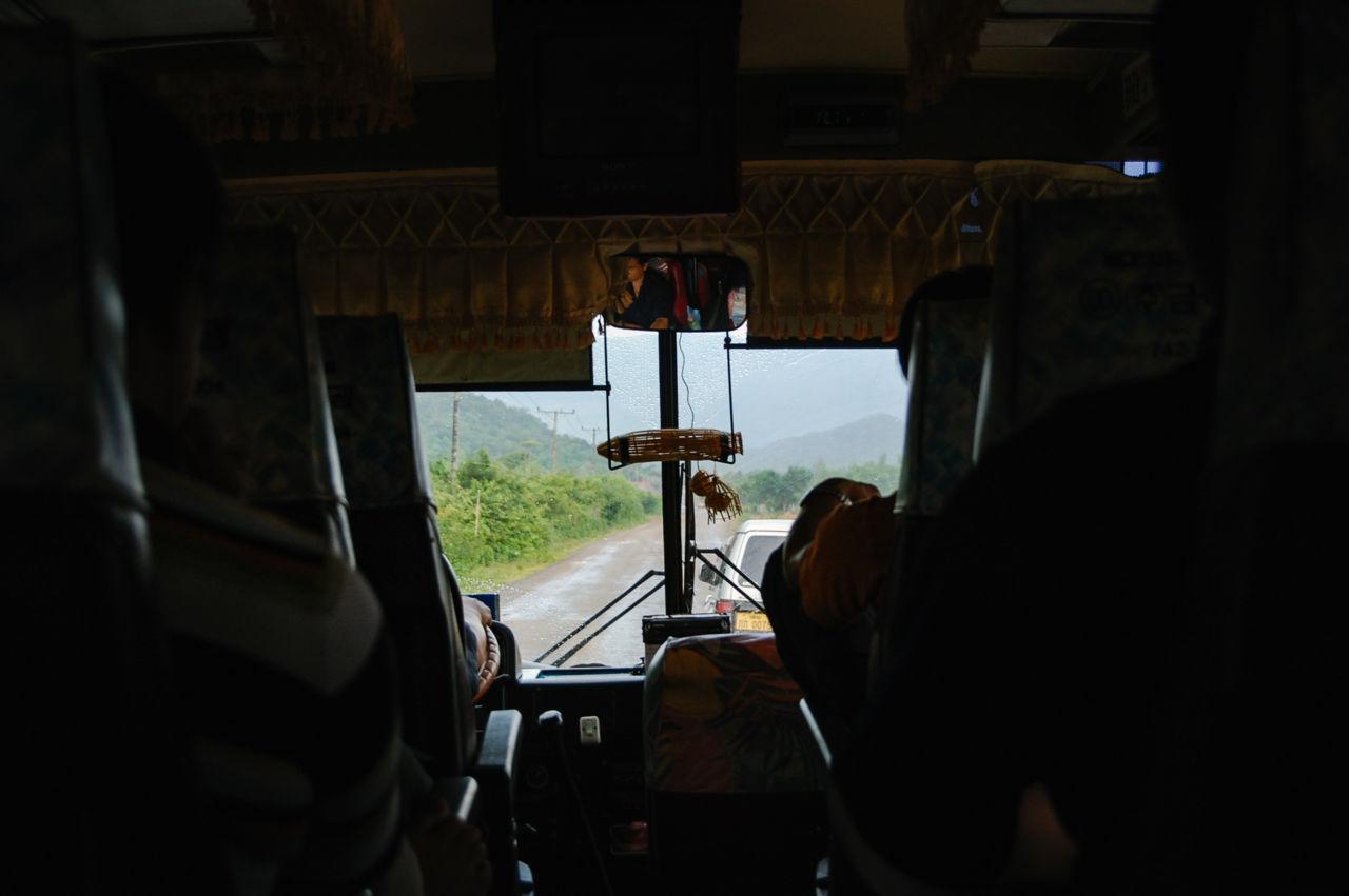 ラオスの長距離バス