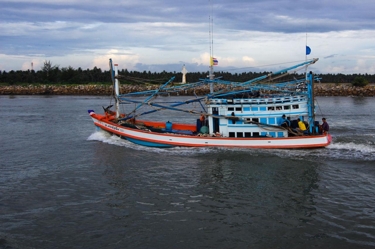 チュンポンの漁船
