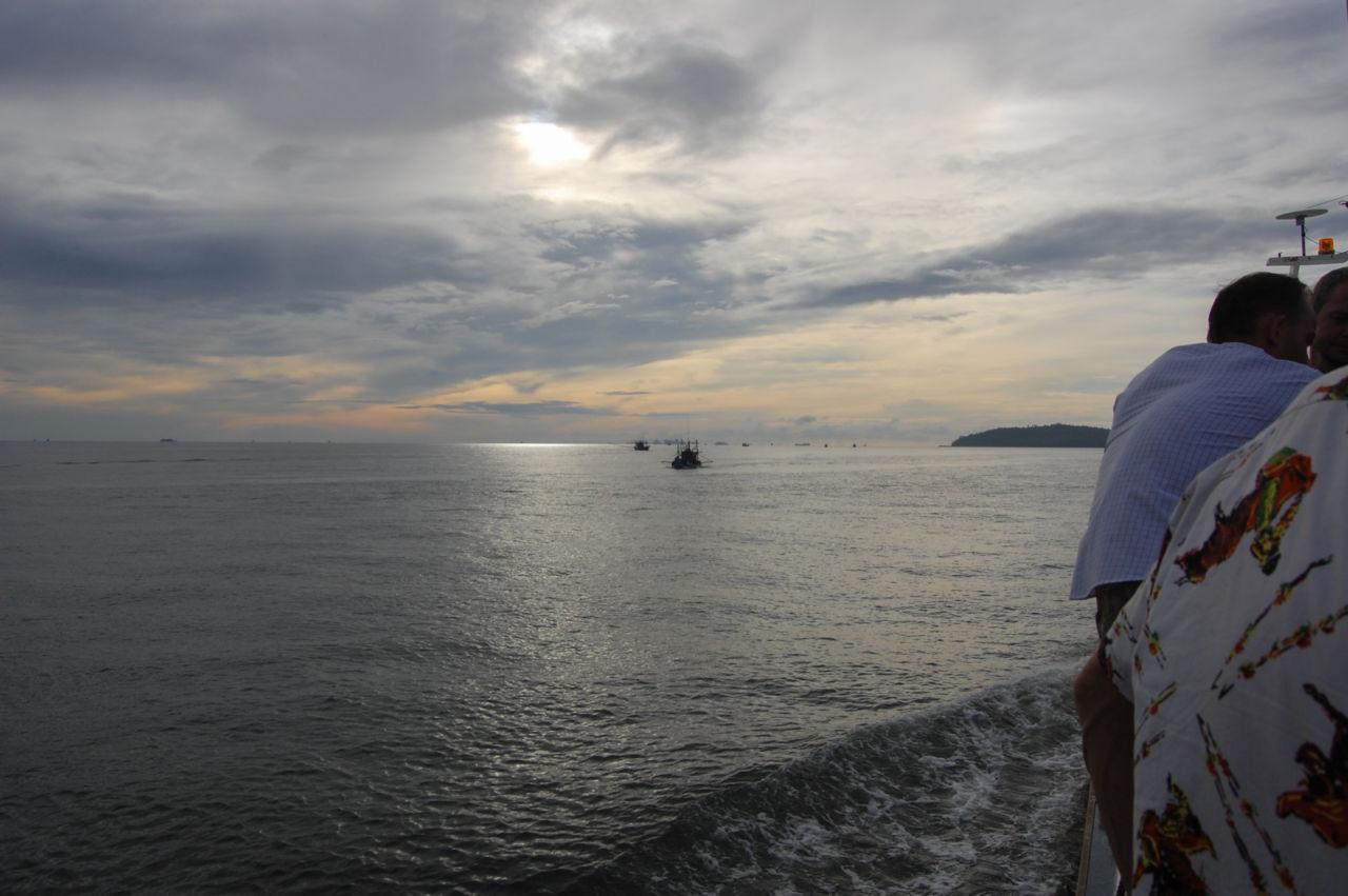 チュンポンからタオ島行きの船