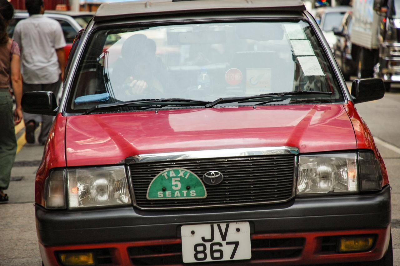 香港のタクシー トヨタ コンフォート