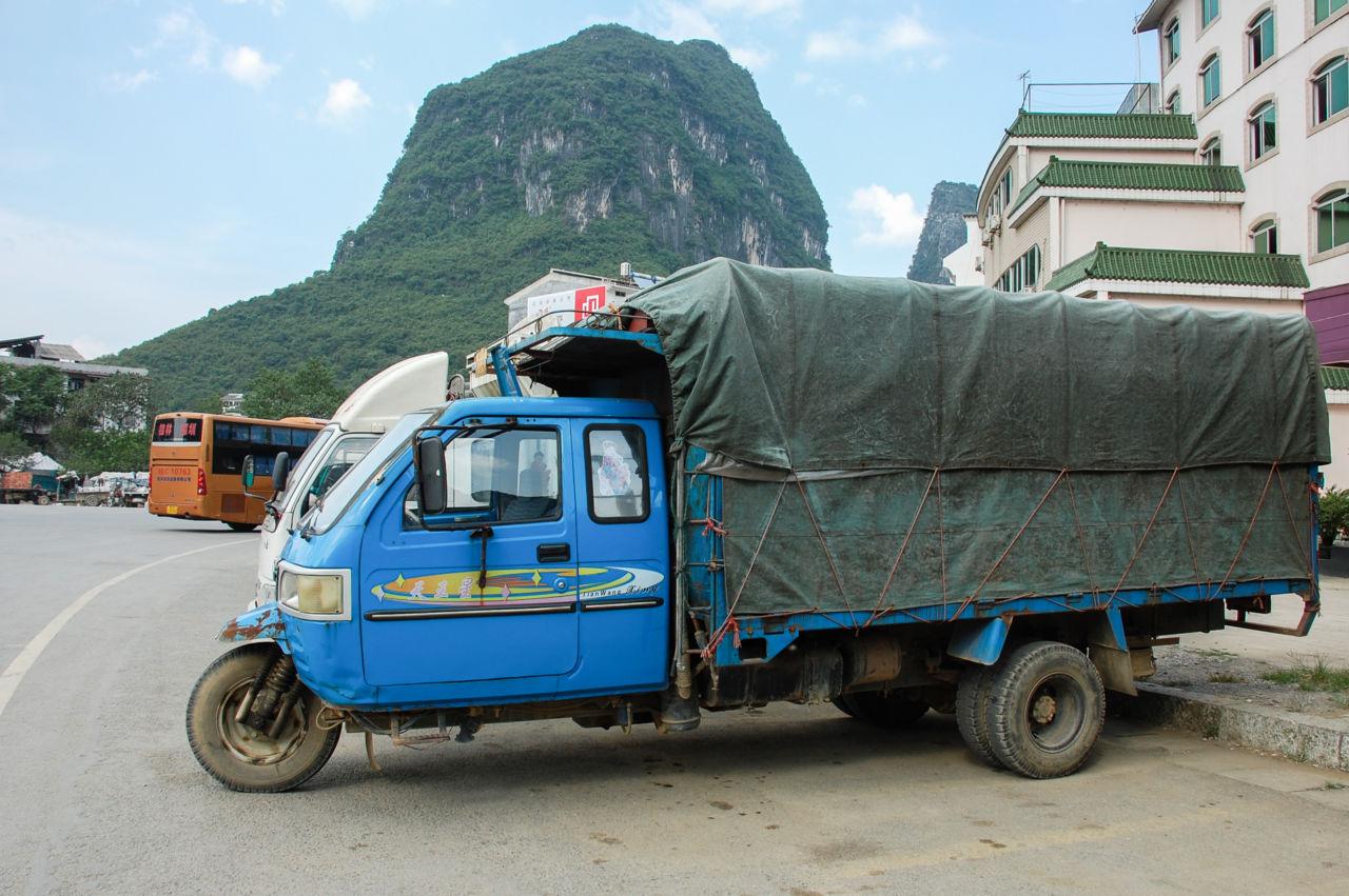 陽朔の三輪トラック