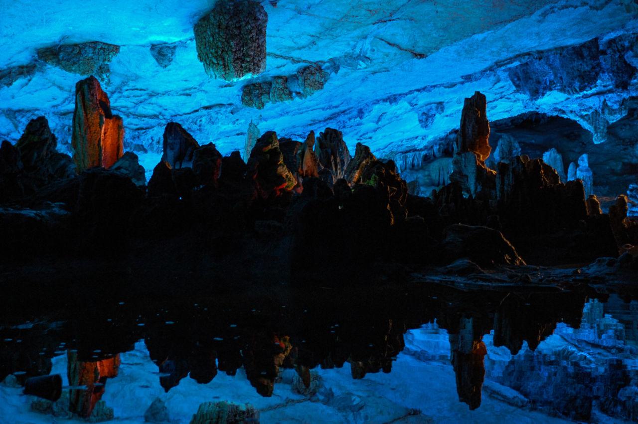 蘆笛岩 鍾乳洞 池