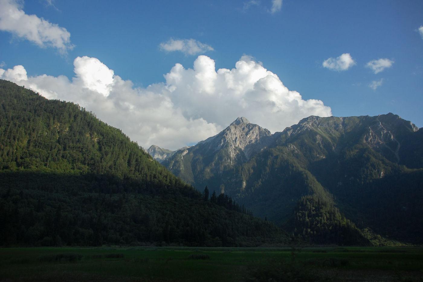 アバ・チベット族チャン族自治州 岷山山脈