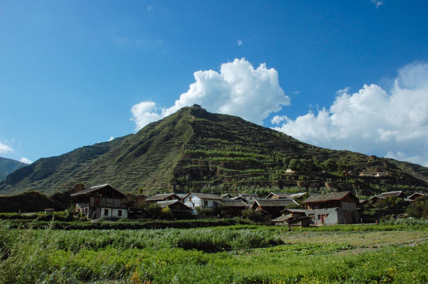松潘 山の上の集落