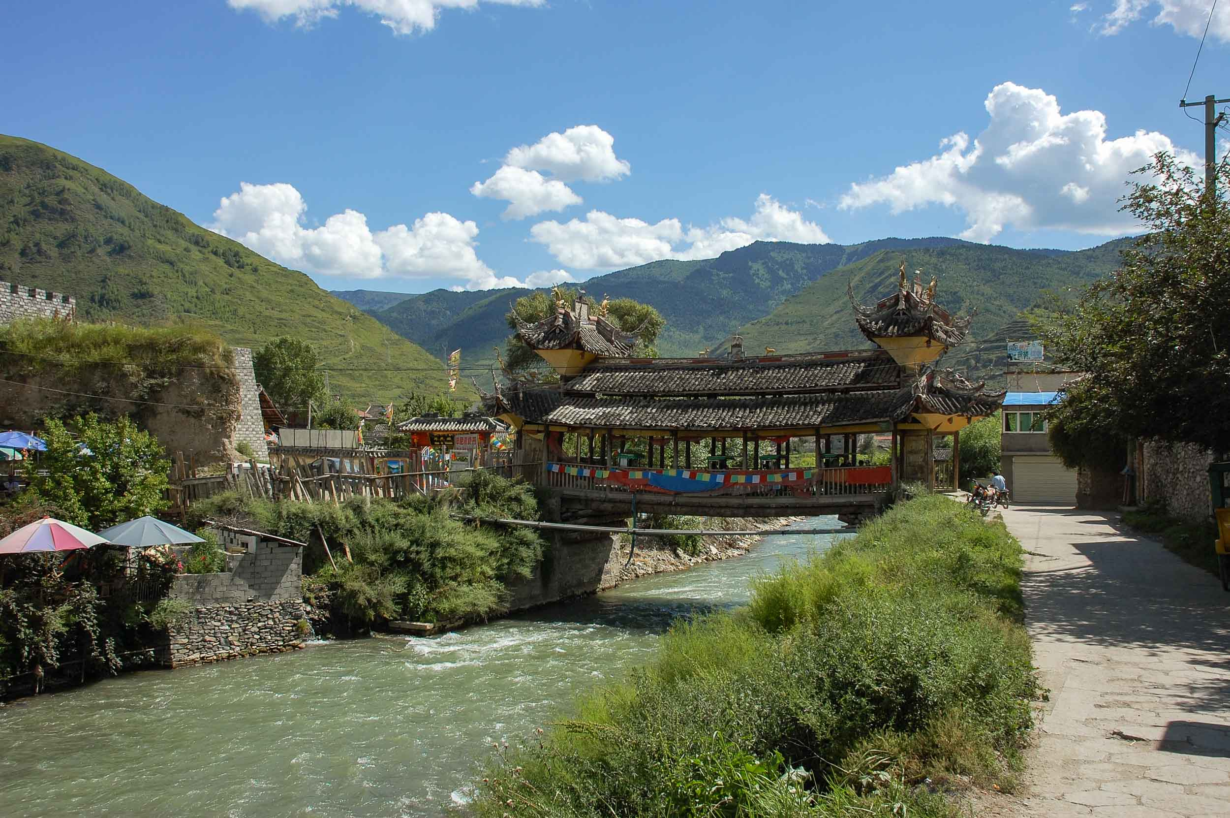 松潘 岷江に架かる古い橋